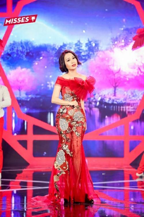 Hồ Ngọc Hà khoe thân táo bạo - Yến Trang như hộp quà di động đứng đầu top sao xấu tuần qua-1