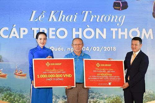 Sun Group tặng U23 VN 1 tỷ đồng và voucher nghỉ dưỡng-1