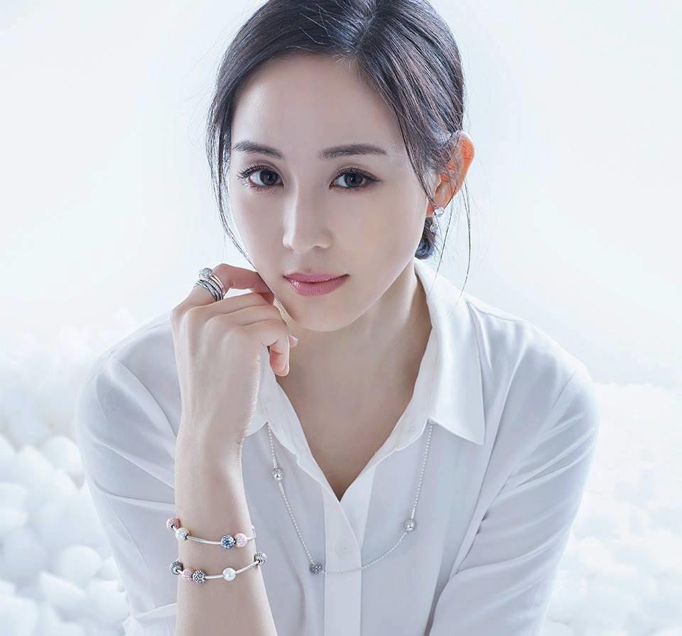 Cùng tuổi Tuất, nghệ sĩ Hoa ngữ người rạng rỡ thành công, kẻ thân tàn danh bại-7
