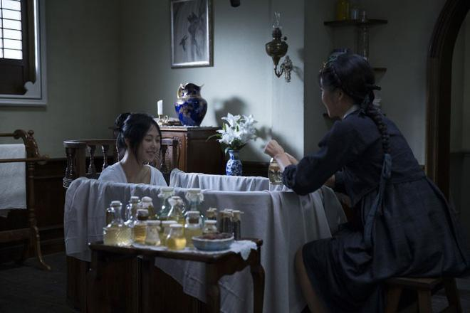 Hậu trường ít ai biết của cảnh nóng phim Hàn 18+ The Handmaiden-8
