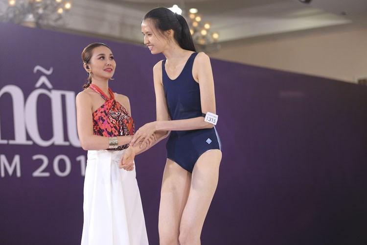 HÀI HƯỚC: Dàn sao Việt bị mẫu nữ 1m90 dìm hàng chiều cao thê thảm-5