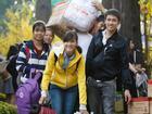 Sinh viên gây 'bão' khi kêu gọi ký tên phản đối cho nghỉ Tết quá dài