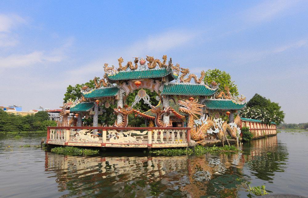Du xuân Sài Gòn, hãy ghé thăm những ngôi chùa này cầu bình an-3