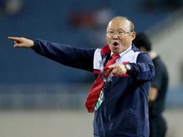 Ngoài nickname 'Ngài ngủ gật', Park Hang-seo còn bị trợ lý ngôn ngữ đặt biệt danh 'Ông già ghê gớm'