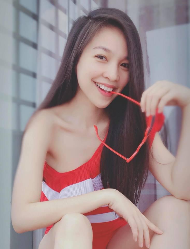 Xuýt xoa vẻ ngoài kỳ lạ nhất showbiz Việt của Hiền Thục: U40 mà cứ ngỡ chưa 18-3