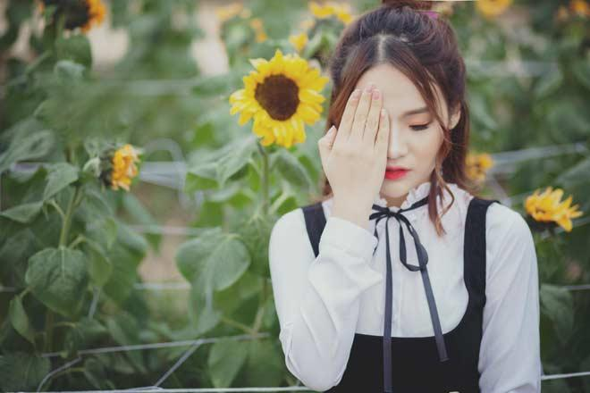Ngẫu hứng cất tiếng hát ở Hồ Gươm, cô gái bất ngờ nổi tiếng-7