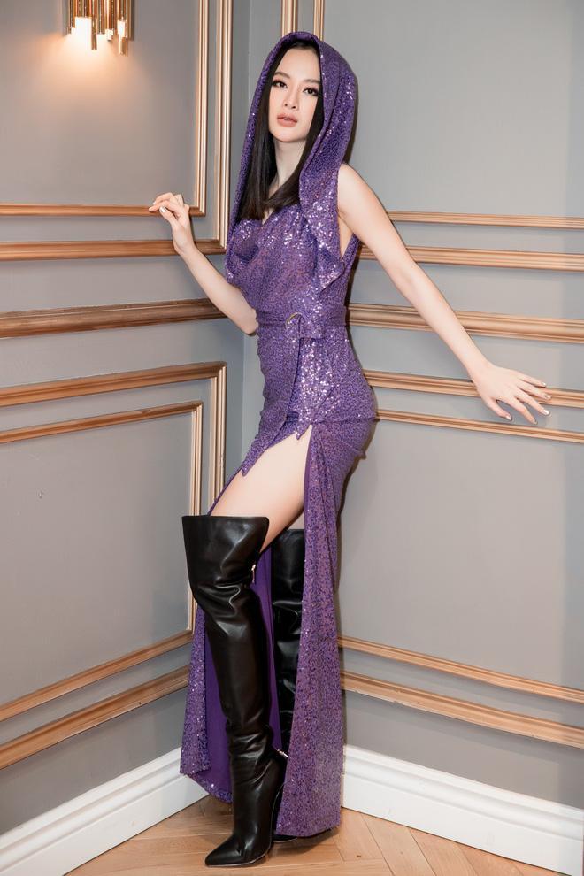 Tím lịm lại sexy, nhưng quan trọng là bạn có thấy bộ cánh này của Angela Phương Trinh đẹp không?-2