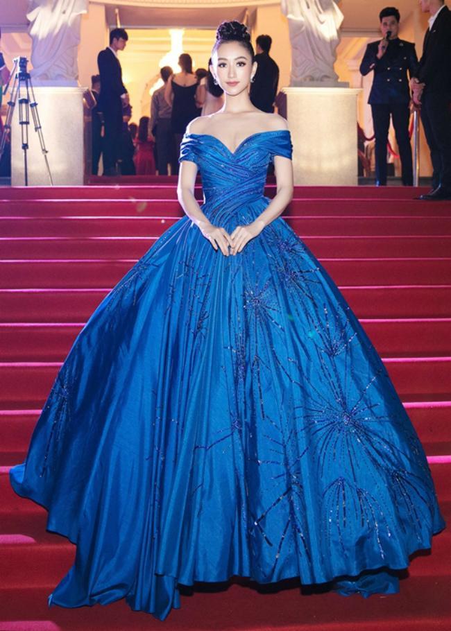 Chẳng cần váy áo lộng lẫy, HHen Niê - Kỳ Duyên đẹp xuất sắc chiếm spotlight thảm đỏ tuần qua-1