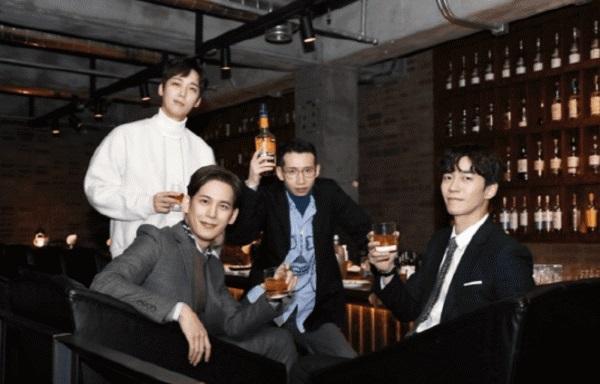Shock: Go Hyun Jung bị tố bạo lực với đạo diễn, SBS sa thải nữ chính ngay giữa bộ phim 'Return'-7