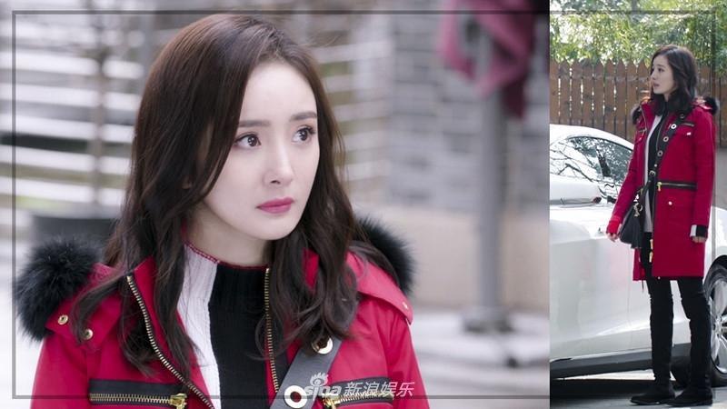 Liên tục diện đồ hiệu, Dương Mịch biến phim mới thành sàn diễn thời trang-6