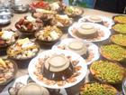 'Thánh ăn công sở' mở đại tiệc thịt hấp hoành tráng tại văn phòng ngày cuối năm