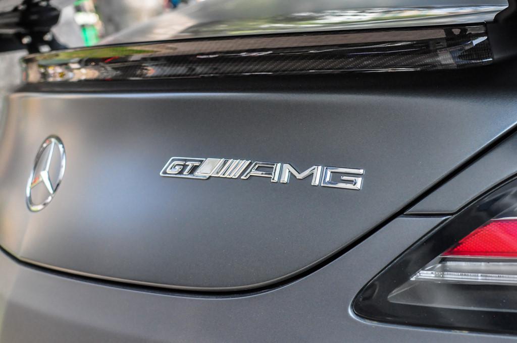 Mercedes SLS AMG GT nhà chồng Tăng Thanh Hà tái xuất trên phố-7