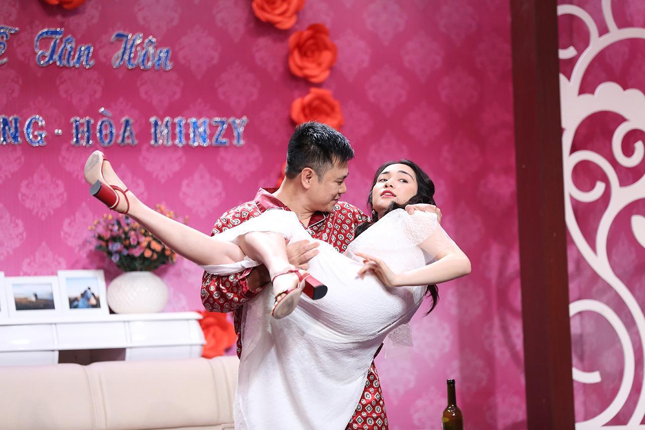 Bị lôi chuyện Công Phượng, Hòa Minzy tuyên bố: Nếu không chịu được áp lực của người nổi tiếng thì đừng yêu-2