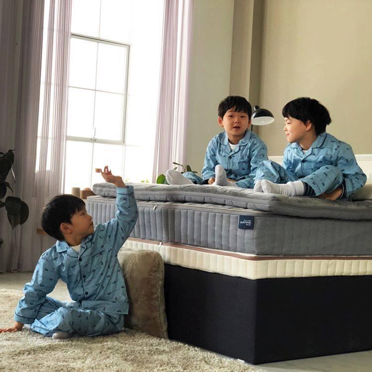 Sao Hàn 11/2: Bộ ba soái ca nhí Daehan Minguk Manse tái xuất làm xôn xao làng giải trí xứ Hàn-2
