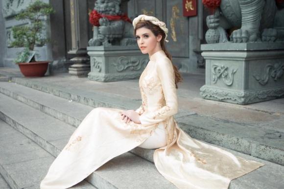 Hot girl - hot boy Việt: Ly Kute khoe con trai Khoai Tây trổ tài làm nhạc công siêu đáng yêu-5