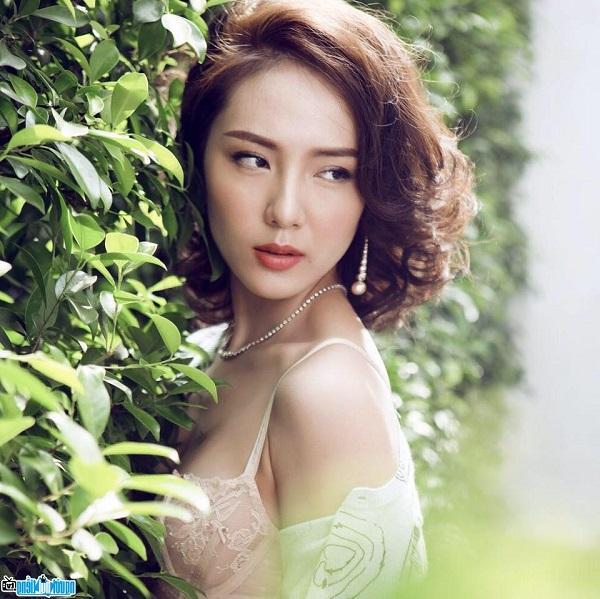 Tài sắc vẹn toàn, dàn sao Việt vẫn lẻ bóng trong ngày Lễ tình nhân-8