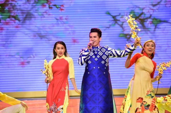 Hoa hậu Mỹ Linh tiết lộ tiêu chuẩn bạn trai, Hoàng Yến Chibi lần đầu mang gia đình lên sân khấu-8