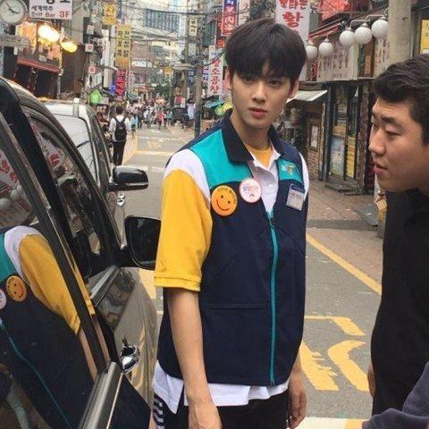 Dung mạo xuất sắc dù nói không với photoshop của loạt sao hạng A xứ Hàn-8