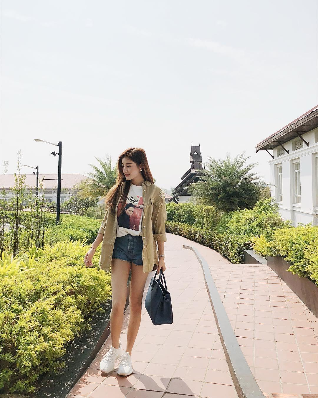 Tin sao Việt: Lâm Vinh Hải chơi cùng con mặc kệ ồn ào Linh Chi và vợ cũ Lý Phương Châu-5