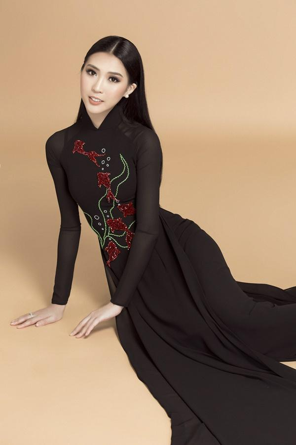 Ngắm loạt ảnh này để thấy khó có ai mặc áo dài đẹp và gợi cảm hơn Tường Linh-6