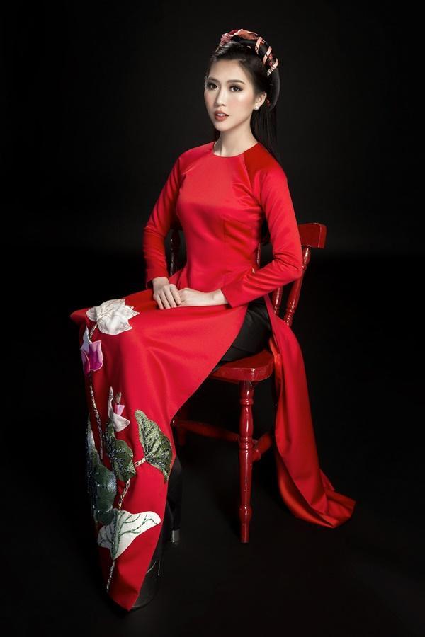 Ngắm loạt ảnh này để thấy khó có ai mặc áo dài đẹp và gợi cảm hơn Tường Linh-13