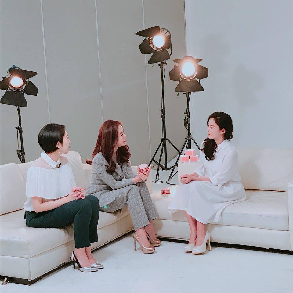 Sao Hàn 14/2: Kim Tae Hee tái xuất sau thời gian ở ẩn vì sinh con-1