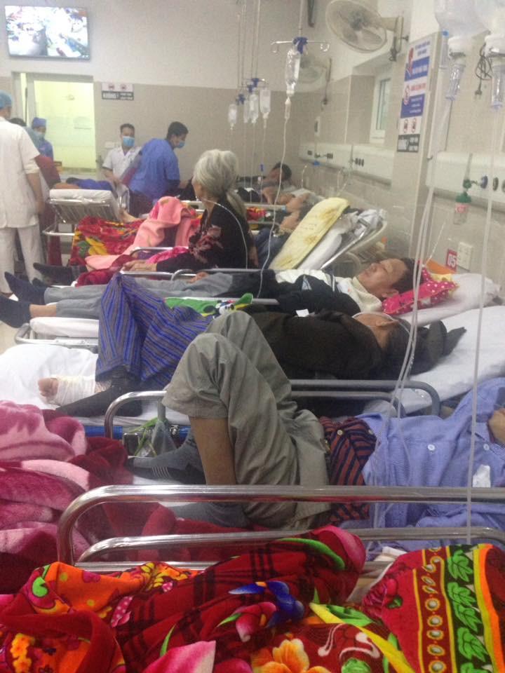 Cận Tết, Bệnh viện Bạch Mai vỡ trận, bác sĩ kiệt sức vì cấp cứu-6
