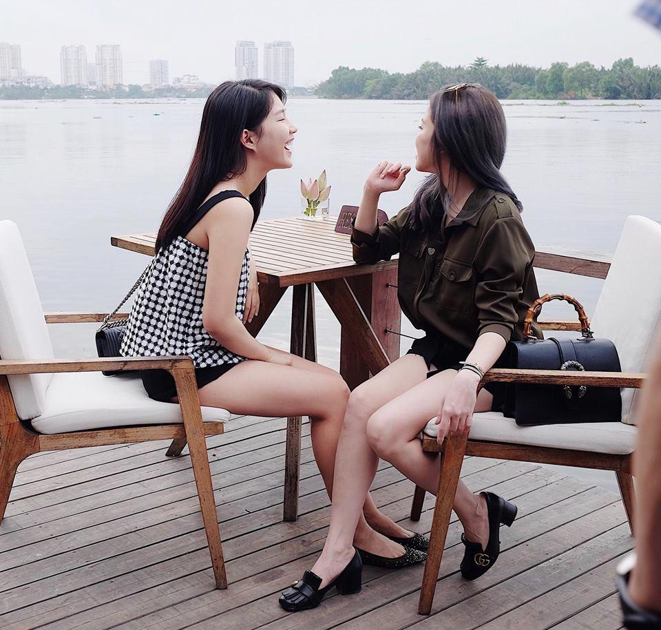 Hot girl - hot boy Việt: Bức ảnh Bùi Tiến Dũng tay dao tay thớt đứng bán thịt lợn thu hút triệu lượt xem-8