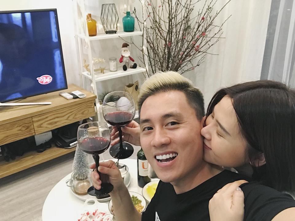Hot girl - hot boy Việt: Đột nhập không khí đêm giao thừa tại nhà hot girl dân tộc Thu Hương-5