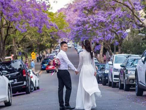 Chuyện tình 8 năm trên đất Úc của cặp đôi 'ghét của nào trời trao của ấy'