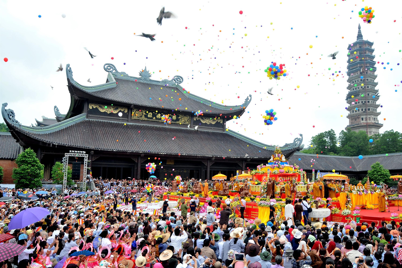 10 ngôi chùa nổi tiếng nhất Việt Nam-1