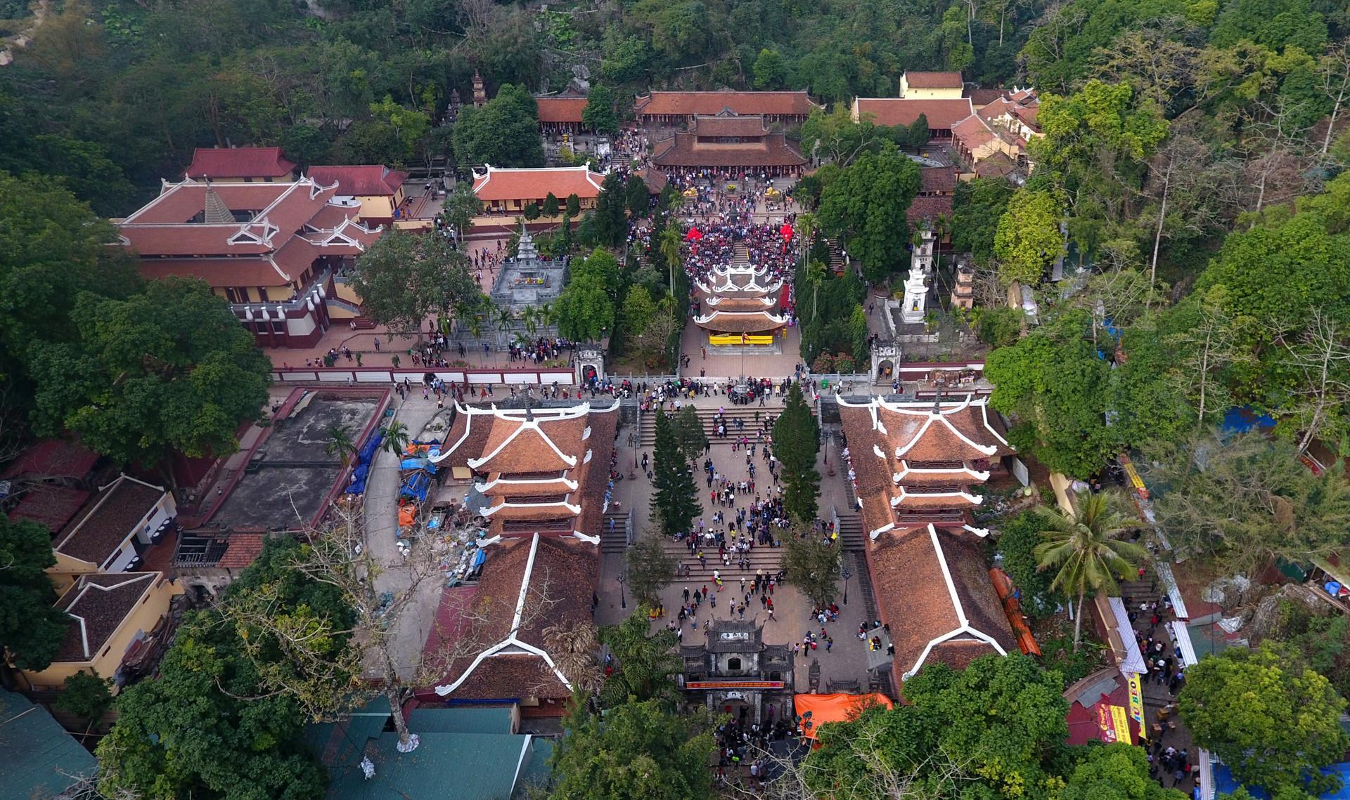 10 ngôi chùa nổi tiếng nhất Việt Nam-3