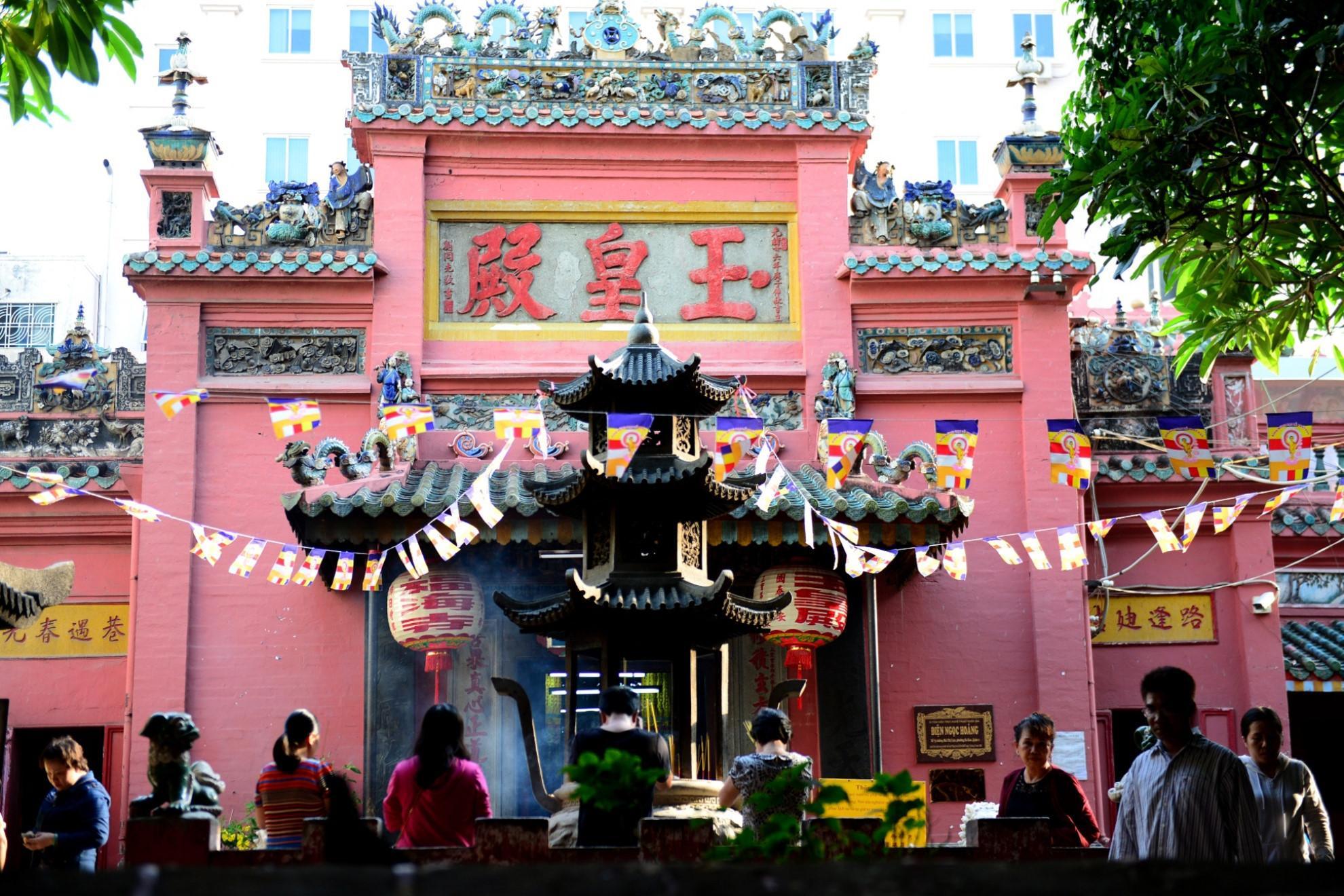 10 ngôi chùa nổi tiếng nhất Việt Nam-7