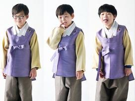 Sao Hàn 16/2: Daehan Minguk Manse cùng loạt sao Hàn rạng rỡ mặc hanbok chúc Tết