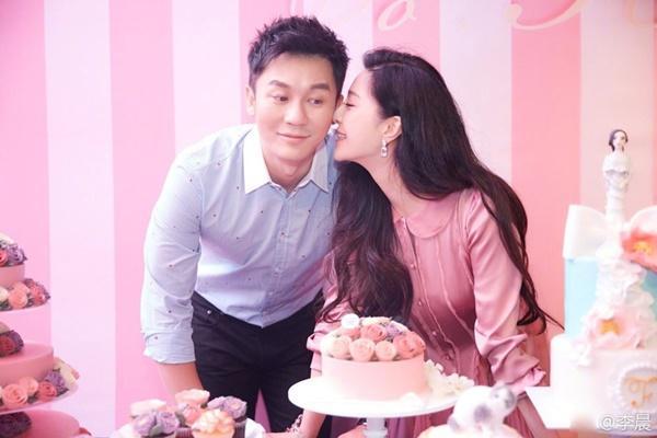 Liệu ai trong số những cặp đôi của showbiz Hoa ngữ này sẽ ra Tết là cưới?-2