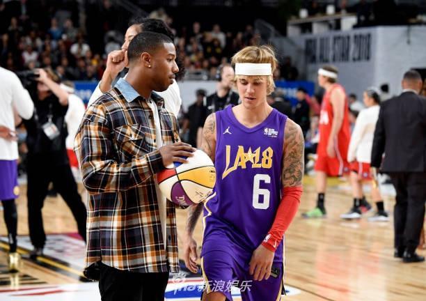 Justin Bieber và Đường Tăng Ngô Diệc Phàm thi đấu bóng rổ ở Mỹ-6