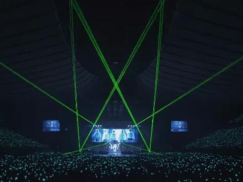Tối nay 17/2, SHINee chính thức trở lại sân khấu lần đầu tiên với 4 thành viên