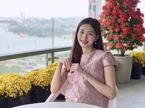 Tin sao Việt: Qua ống kính của ông xã, Đặng Thu Thảo lộ bụng bầu lớn