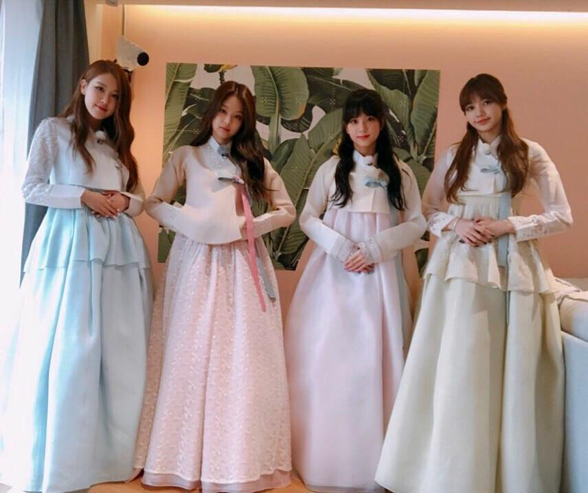 Diện Hanbok, dàn mỹ nhân Hàn khoe vẻ đẹp không tì vết-1