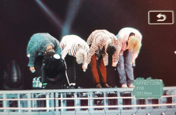 SHINee khóc như mưa trong concert đầu tiên kể từ ngày Jonghyun mất-4