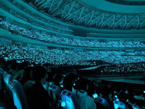 SHINee khóc như mưa trong concert đầu tiên kể từ ngày Jonghyun mất-6