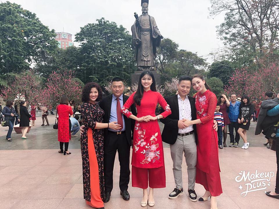 Tin sao Việt: Hoàng Thùy Linh bật mí khoảnh khắc ấu thơ răng sún-10