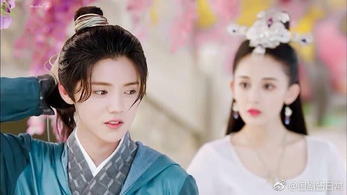 Phim võ hiệp Trung Quốc: Thời cơm nguội của các cao thủ môi son, da trắng-4