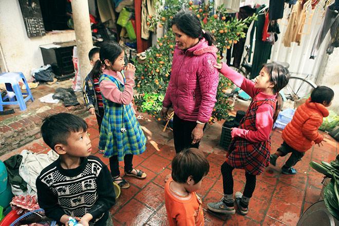Người mẹ có 14 con ở Hà Nội: Cười, khóc sau 30 mùa xuân chưa bao giờ vui!-1