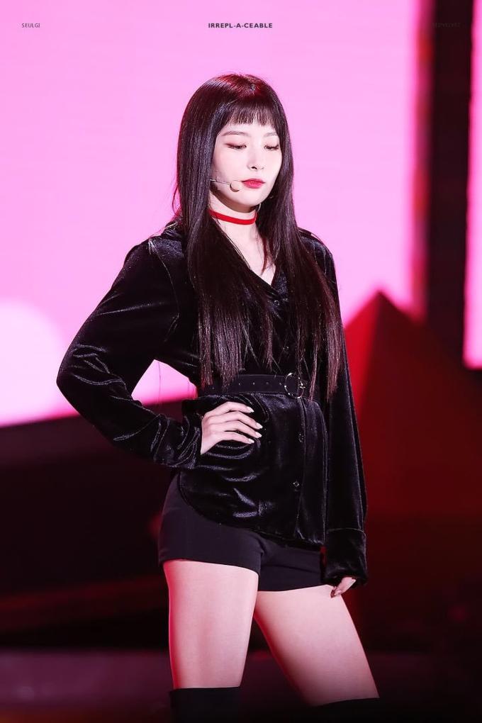 4 nữ thần tượng sinh năm 1994 không chỉ xinh đẹp mà còn có gu thời trang sành điệu nhất Kpop-6