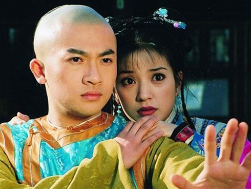 Sau 20 năm, 'Hoàn Châu cách cách' lại bị chê cười vì những lỗi sai ngớ ngẩn này