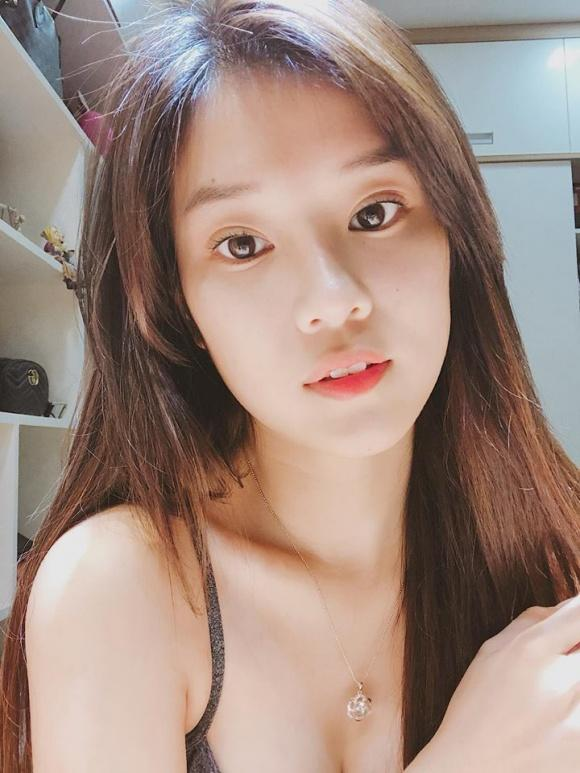 Hot girl - hot boy Việt: Minh Châu hội ngộ Trung Dũng Sĩ cùng song ca phía sau vô lăng-4