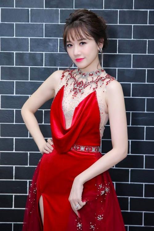 Bí quyết trang điểm 'không tuổi' của bà xã Trấn Thành ở đời thường và trên thảm đỏ-10