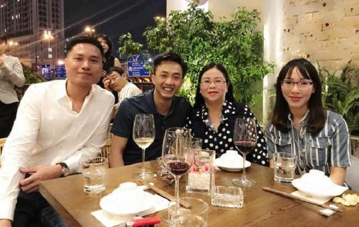 Cường Đô La thân thiết với mẹ Đàm Thu Trang trong bữa tiệc gia đình-1