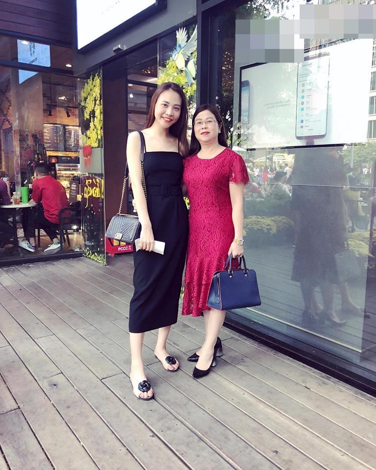 Cường Đô La thân thiết với mẹ Đàm Thu Trang trong bữa tiệc gia đình-3